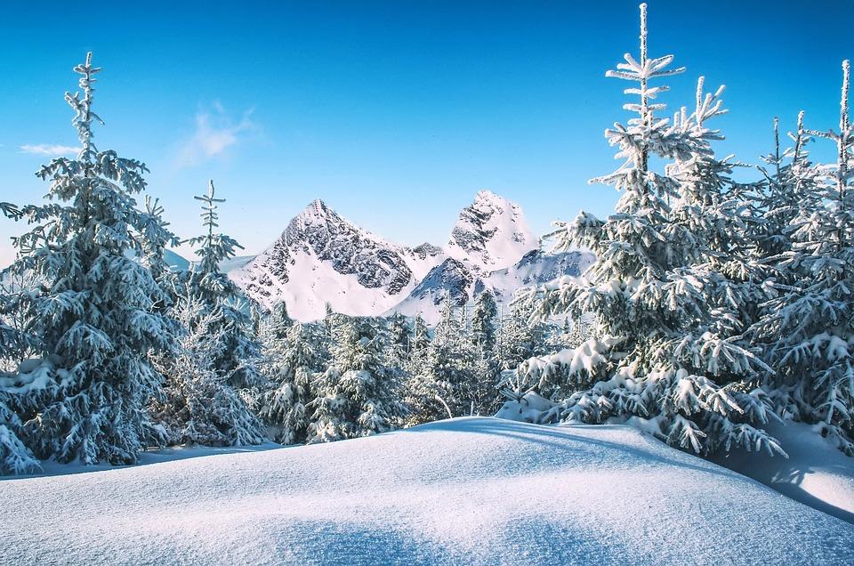Montaña en invierno